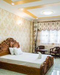 <p>Luxury rooms</p>